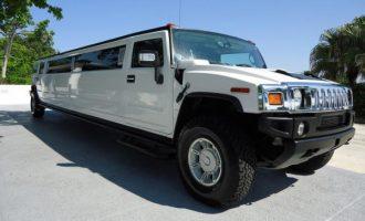 white hummer limo